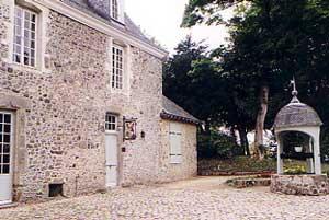 mairie de Ste Suzanne